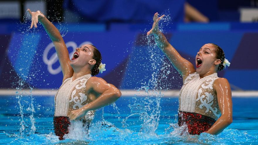 Alisa Ozhogina e Iris Tió acaban décimas en la final de natación artística