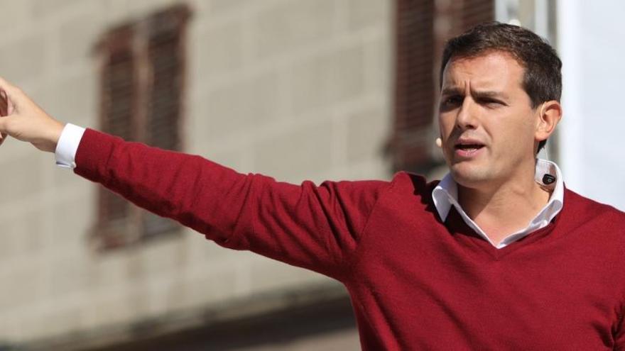 Rivera pide reconstruir el proyecto común español