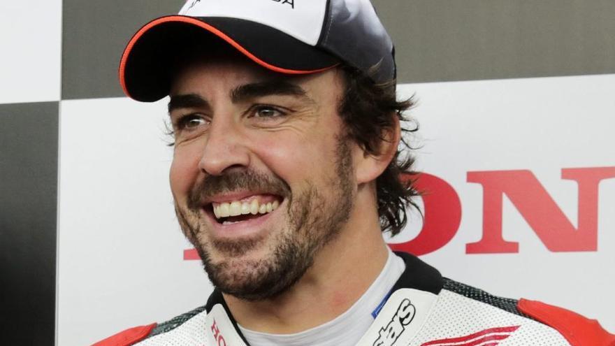 """Mercedes está """"considerando"""" fichar a Fernando Alonso"""