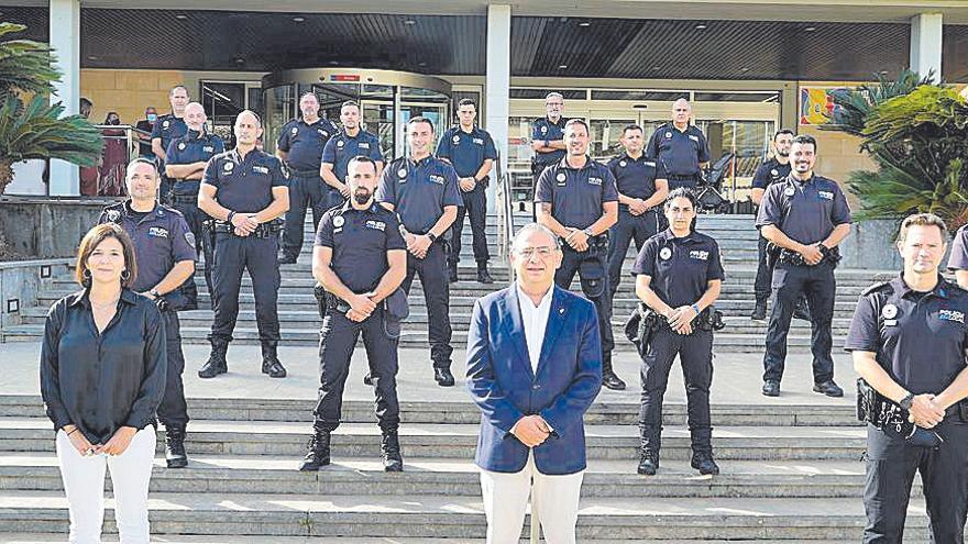 Toma de posesión   de quince nuevos policías locales en Calvià