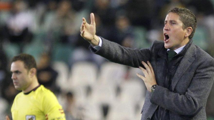 El Castellón destituye a Óscar Cano y apunta a Juan Carlos Garrido como relevo