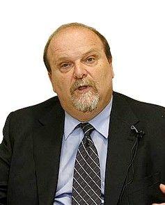 Mario Weitz Profesor Área Entorno Económico.