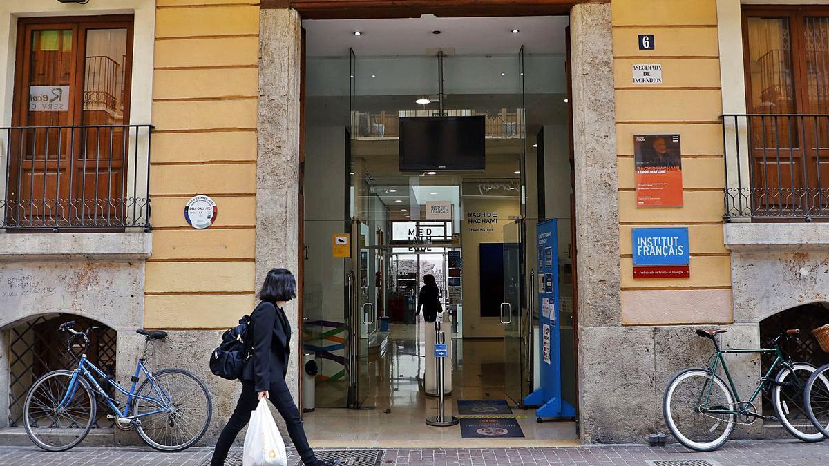 El Instituto Francés, con sede en la calle del Moro Zeit, en Ciutat Vella. | M.A. MONTESINOS