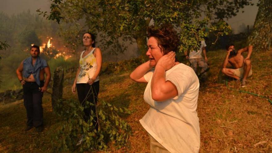 Una vecina de Pontesampaio admite que inició siete incendios forestales en 2016