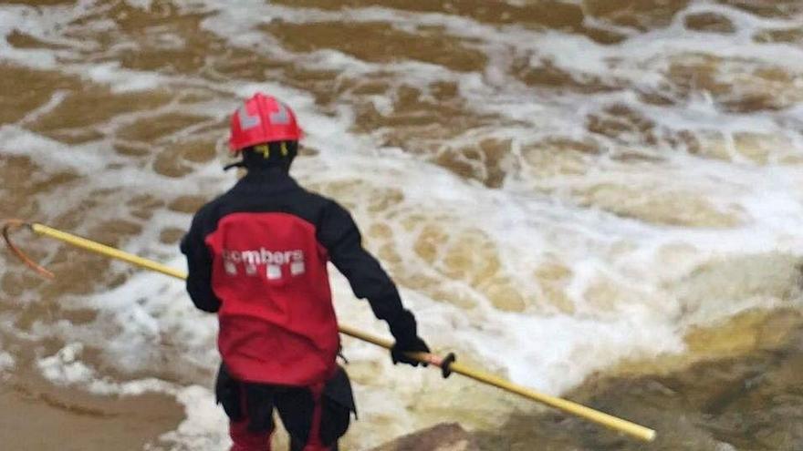 Continuen buscant una segona víctima del temporal a Vic