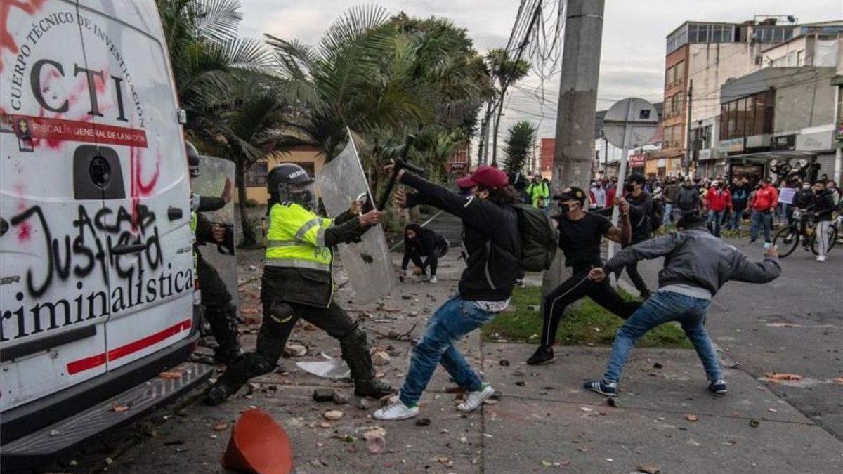 Violentas protestas en Colombia por los abusos policiales - Diario Córdoba