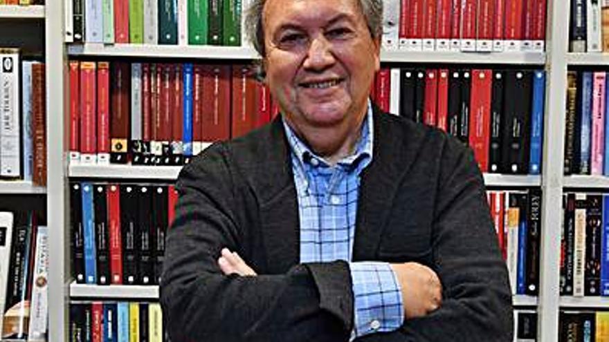 Otero Lastres, catedrático de Derecho Mercantil, se incorpora a la Academia Xacobea