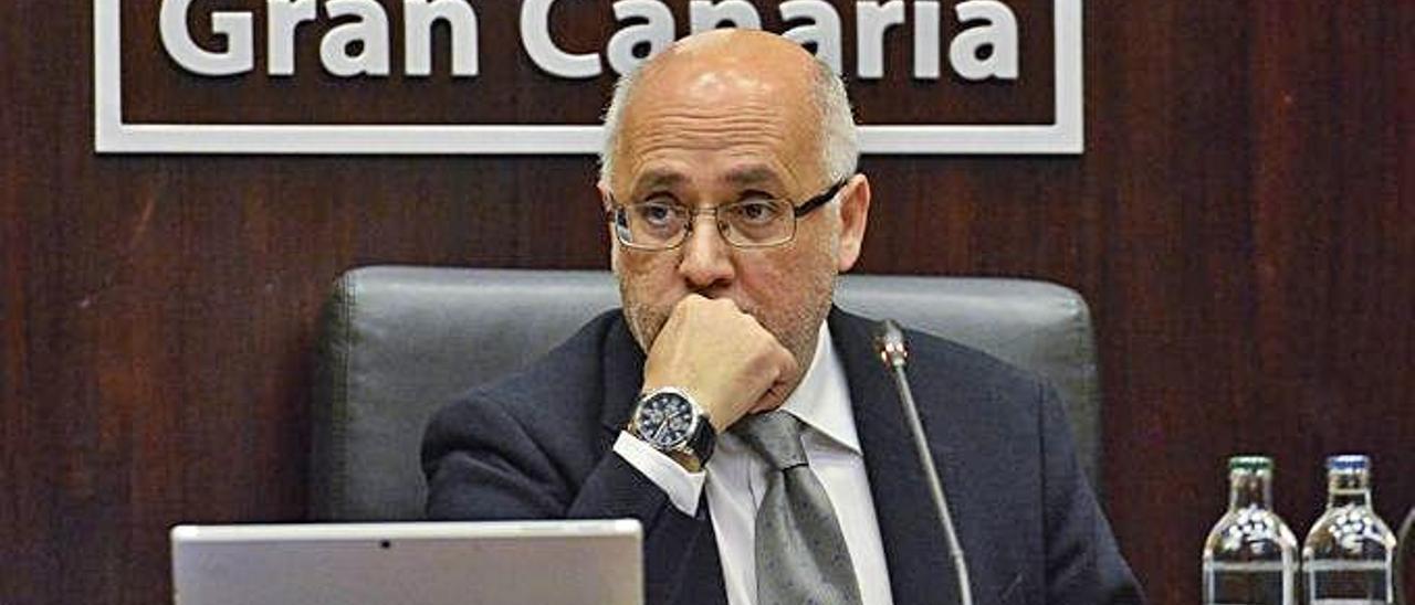 Antonio Morales, presidente del Cabildo, durante el pleno del pasado viernes.