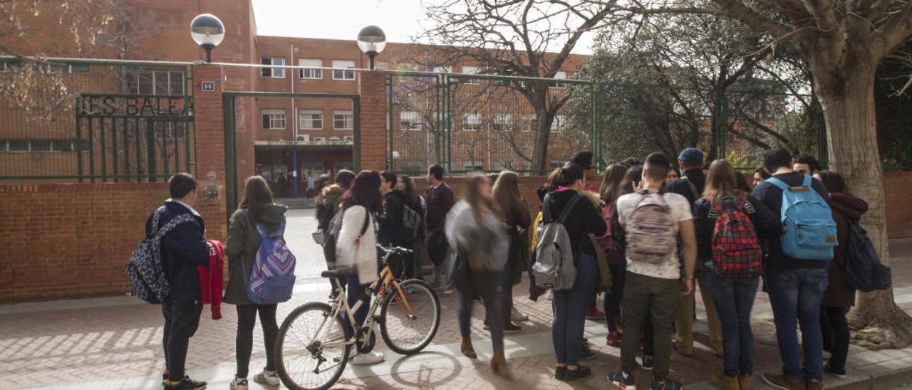 Educación aparca un curso la reconversión del IES Baleares en Escuela de Idiomas