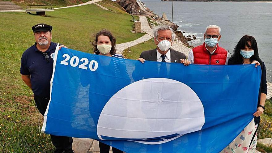 Castrillón solicita, por el momento, cinco banderas azules para playas y centros
