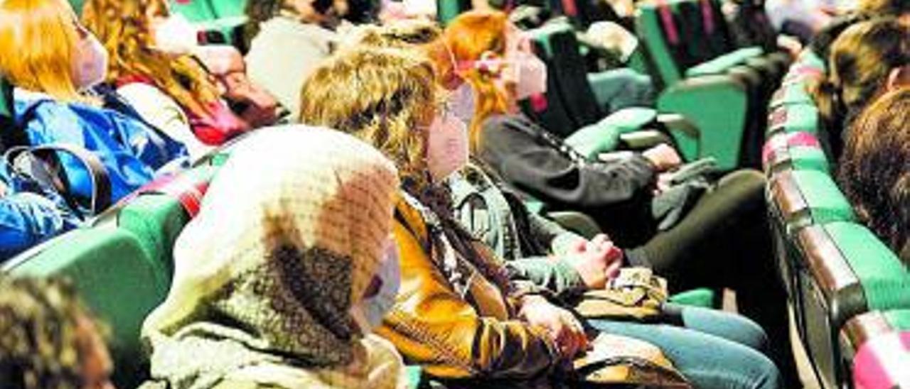 El públicó disfrutó de la charla de Sergio Ayala. | ALBERTO HEREDIA
