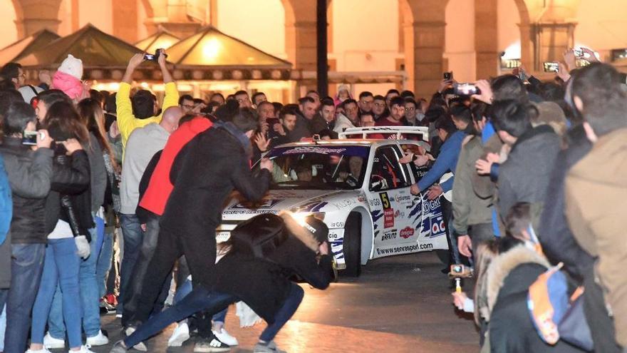 La plaza de María Pita inaugura el Rally de A Coruña