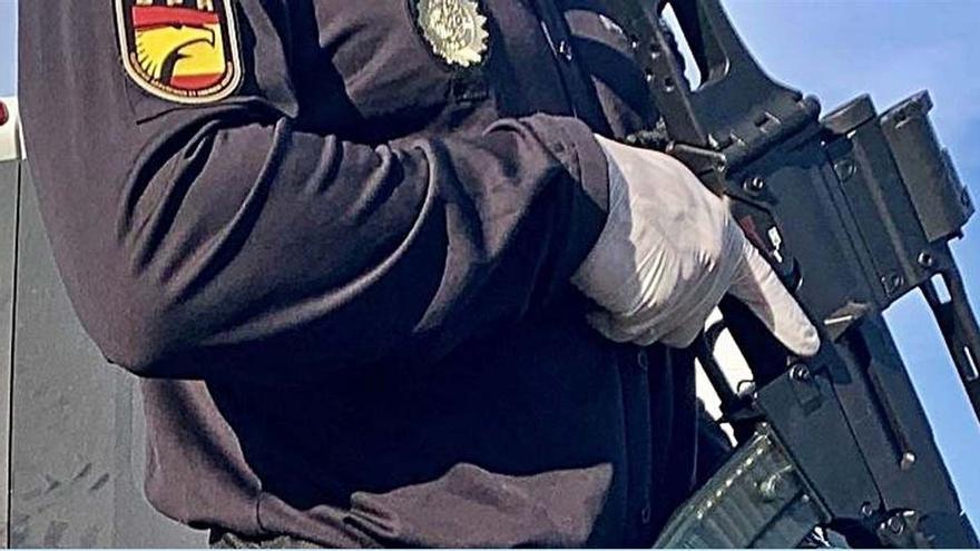 Imputados 12 policías por entrar a la fuerza en una casa durante el estado de alarma