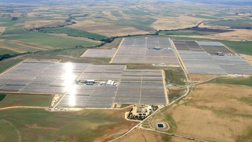 Invasión de macroparques solares en España: aumenta la inquietud