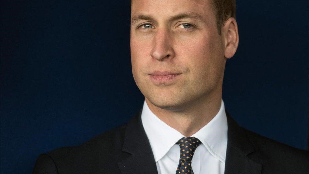 El duque de Cambridge superó la ansiedad ante discursos por su mala vista