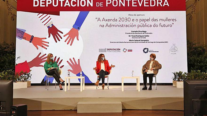 Mujeres referentes en la gestión pública, protagonistas en la Escola María Vinyals