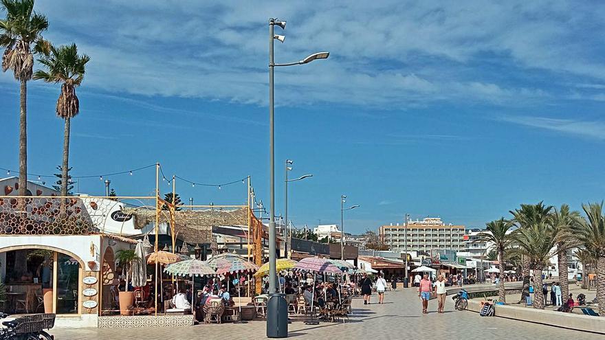 Las terrazas de Xàbia volverán a su espacio precovid el 2 de noviembre