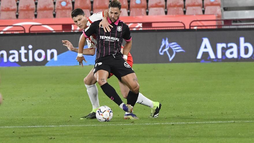 El Almería amarga el debut de Ramis (2-0) - El Día