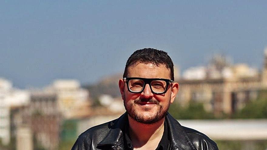 Dani de la Torre idealiza con 'Live is Life' la amistad en un pueblo gallego en los 80