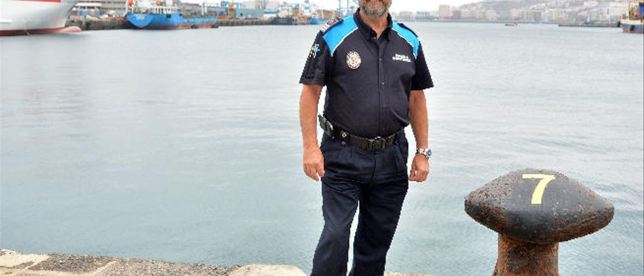 Ramón Placeres, en el recinto portuario.