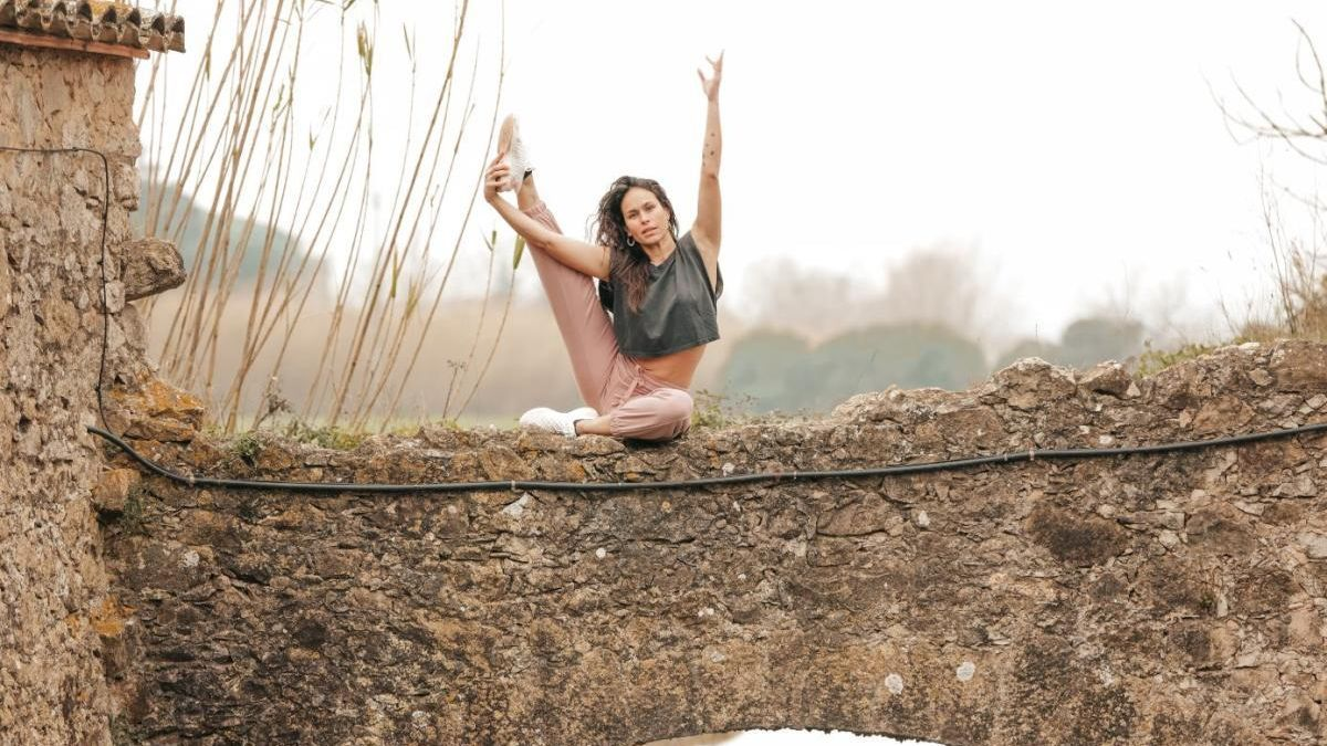 El 21 de març farà el pròxim retir de ioga a Ca La Bruixa