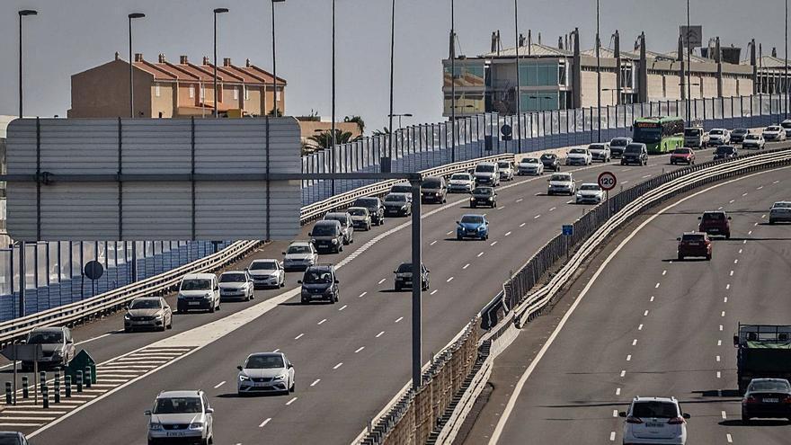 """Culminar la Vía Exterior por El Chorrillo  """"eliminaría las colas"""" en el acceso a Añaza"""