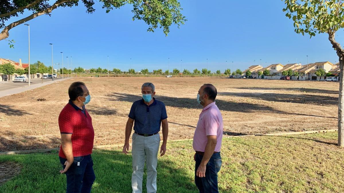 Solar a on es construirà el nou institut a Torre de la Horadada