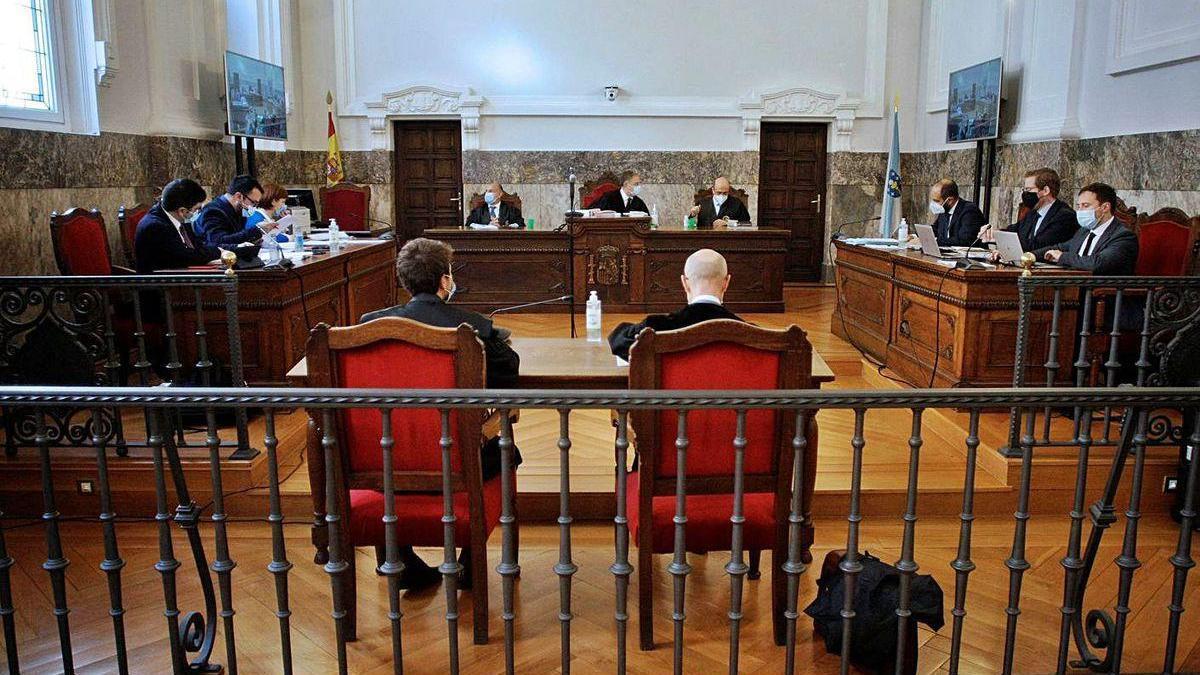 Vista judicial sobre la paralización del ERE de Alcoa, ayer en A Coruña.