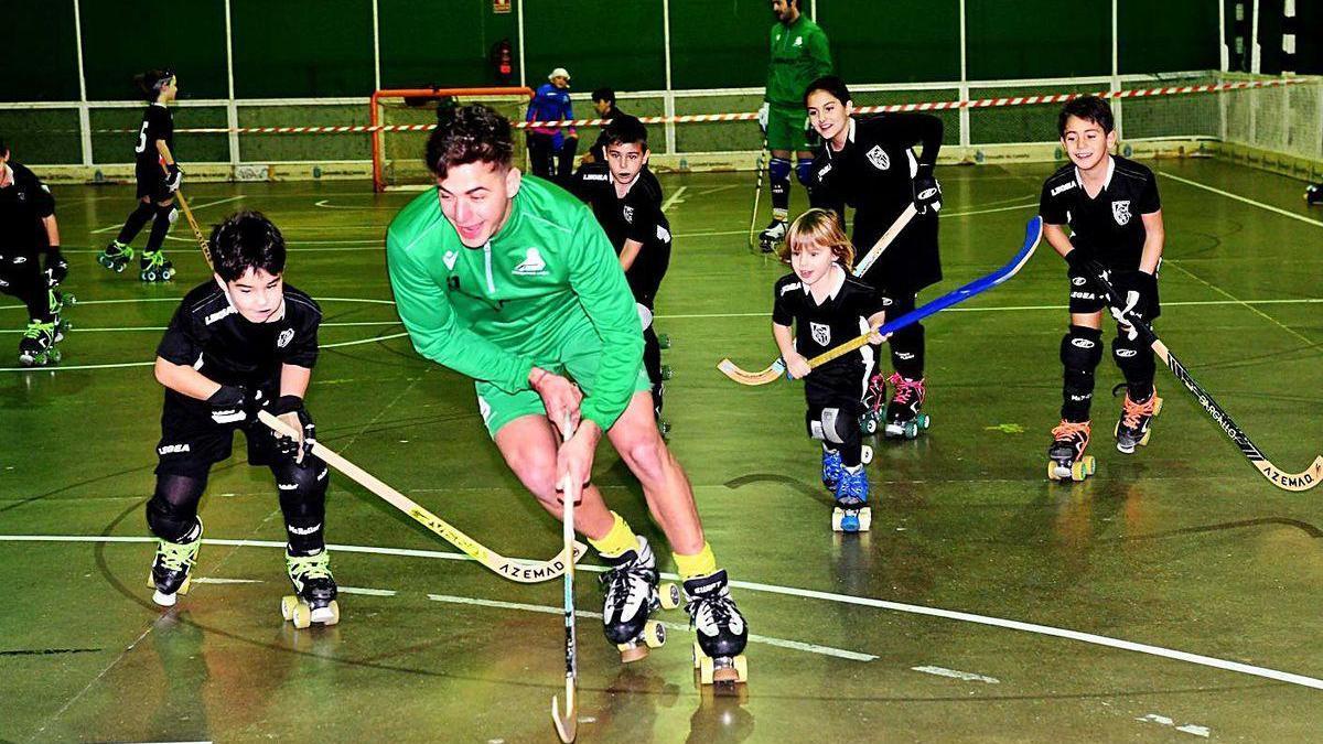 El jugador del Liceo, Fabrizio Ciocale, en un entrenamiento del Riazor.