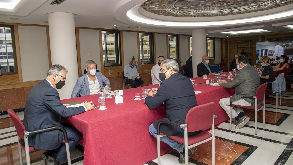 Reunión del Comité Asesor del presidente canario este lunes
