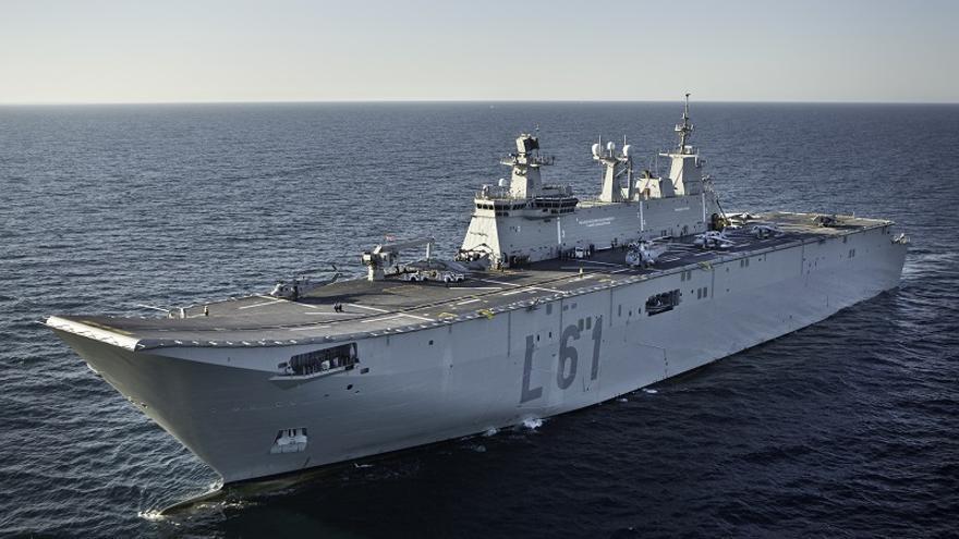 Dos buques de la Armada recalan en Málaga durante sus maniobras en el Mediterráneo