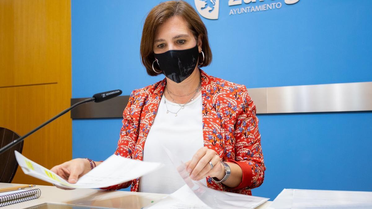 La vicealcaldesa de Zaragoza, Sara Fernández, ha presidido el grupo de estudio de la memoria histórica.