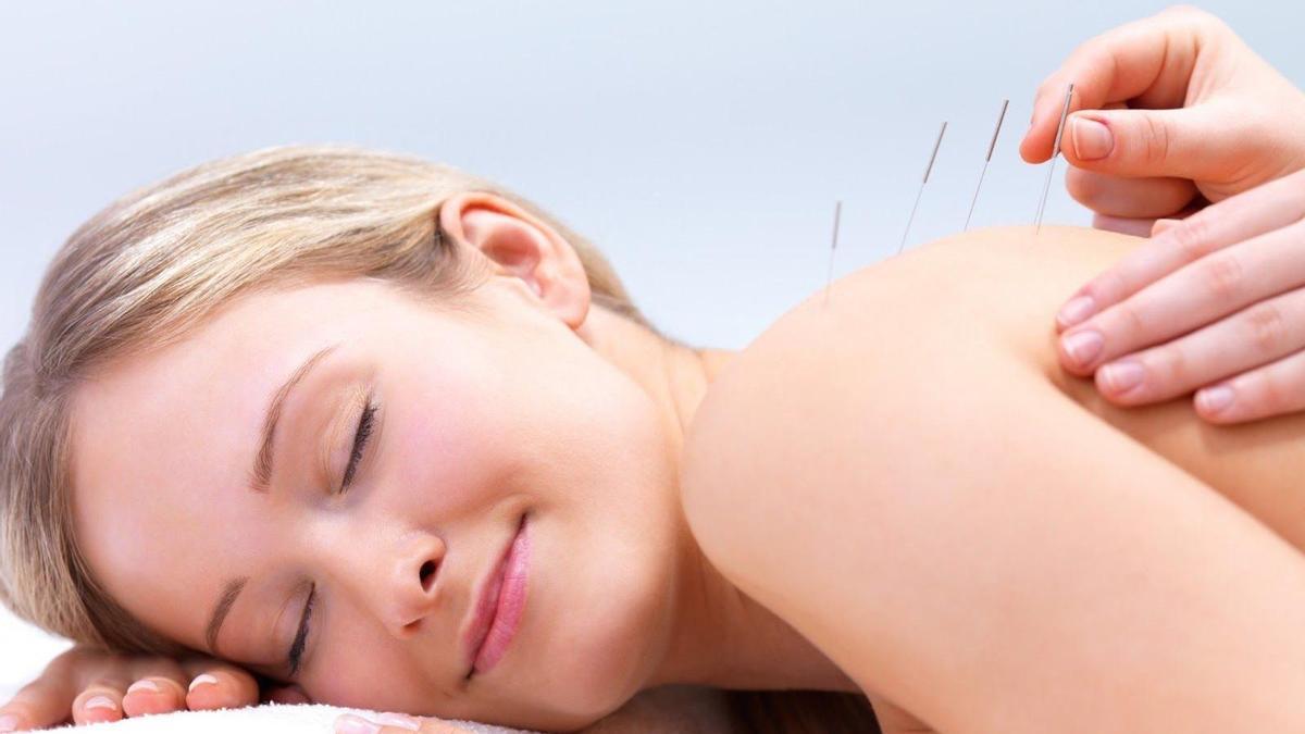 En Súmer Salud practican una de las técnicas chinas más conocidas en occidente, la acupuntura.
