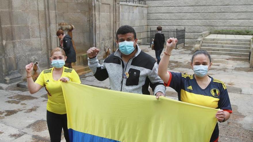 """La resistencia tricolor en Ourense: """"Colombia lleva sometida y oprimida mucho tiempo"""""""