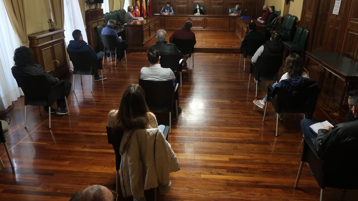 Reunión en el Ayuntamiento de Teruel