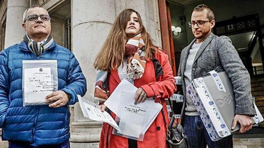 La Policía tuvo los móviles de los periodistas un día sin control judicial