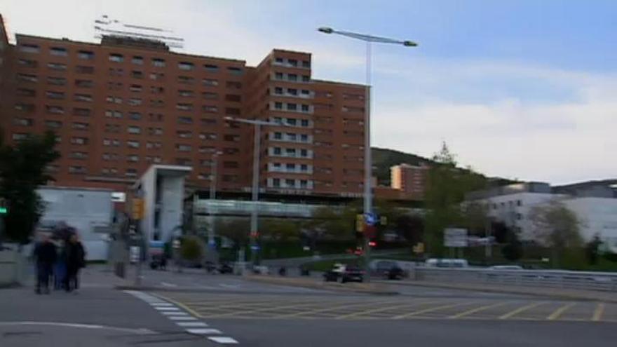 Investigan la muerte de 8 pacientes en listas de espera en el Hospital Vall d'Hebron