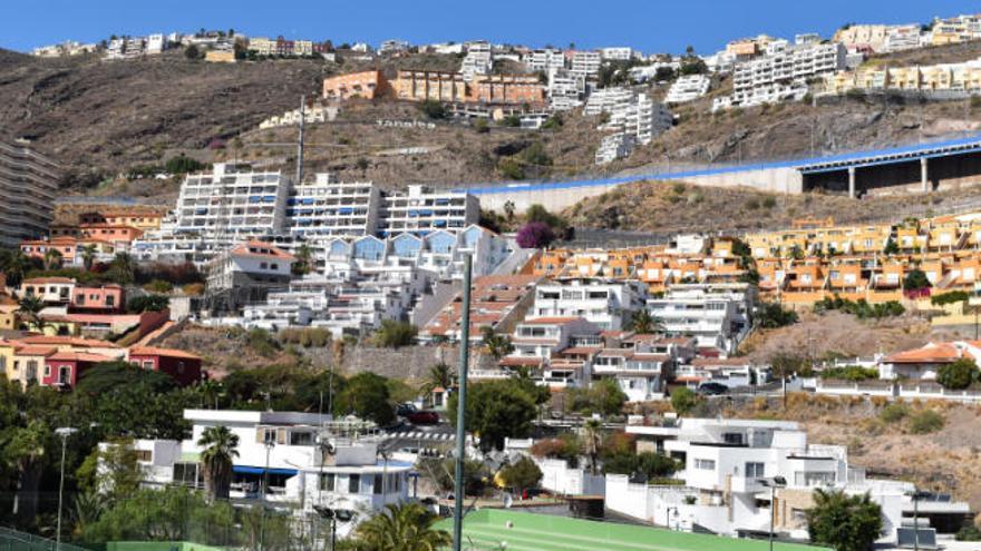 El alcalde avisa de que la vivienda vacacional en El Rosario es ilegal