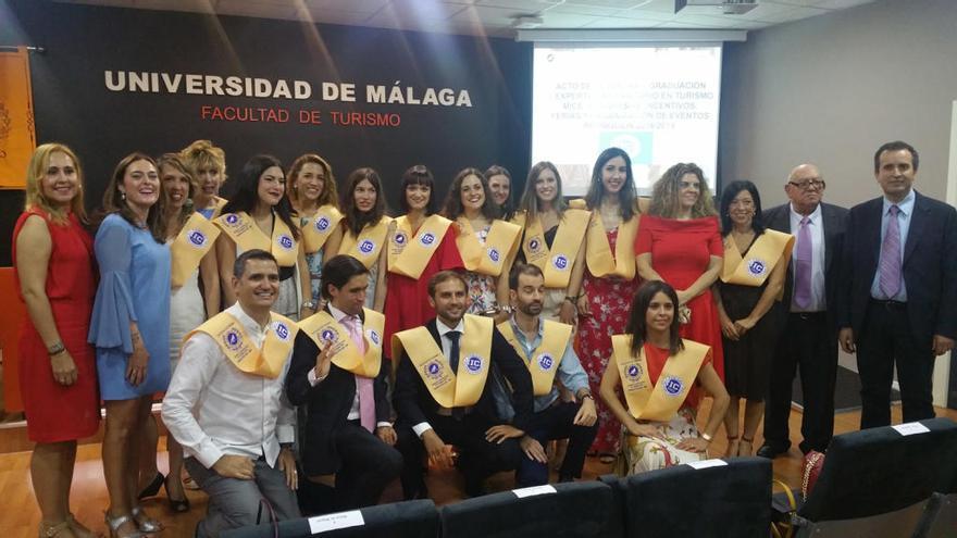 Graduada la primera promoción de expertos en turismo de congresos
