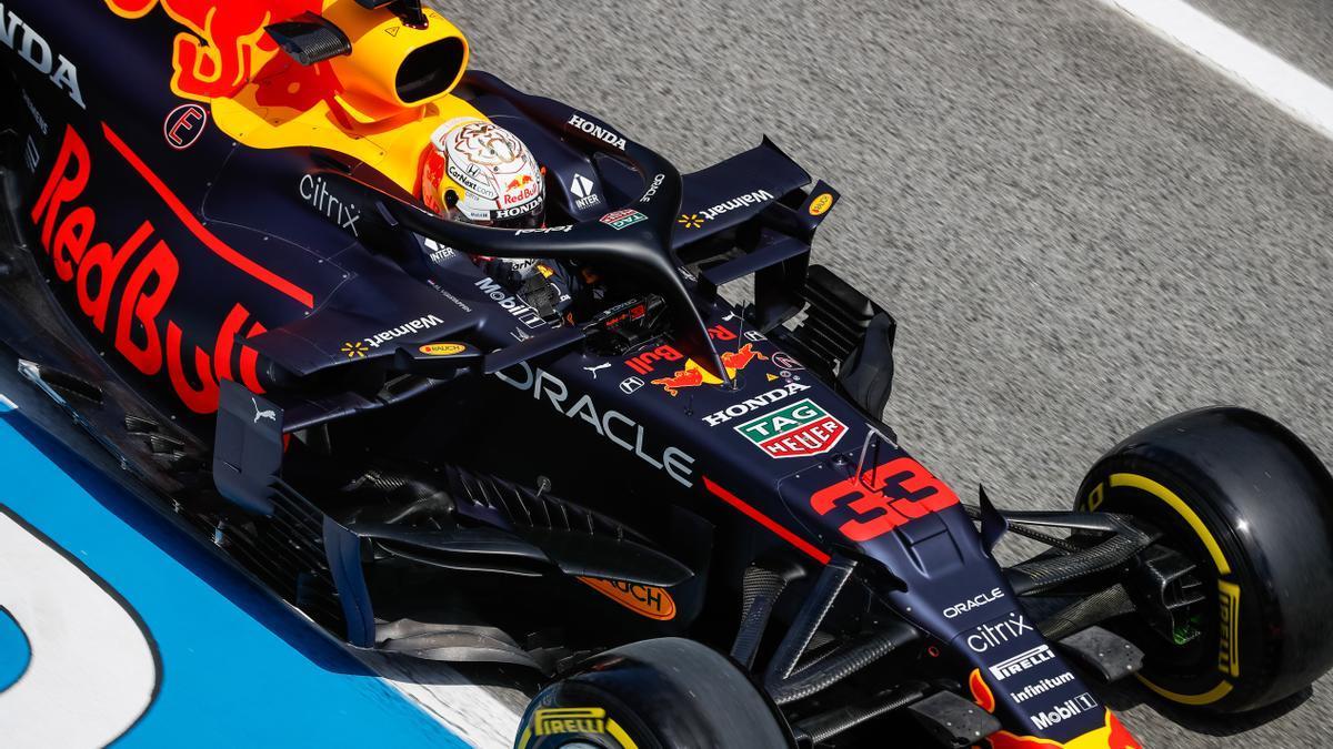 Max Verstappen lidera los últimos libres del Gran Premio de España.