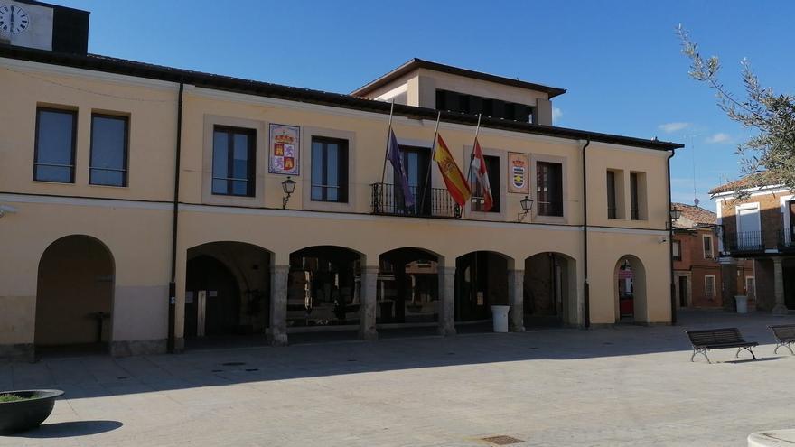 La Junta investiga a la adjudicataria del autobús de Villalpando a Zamora