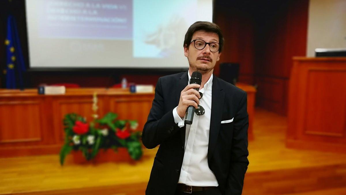 El supuesto sacerdote murciano, Javier Belda