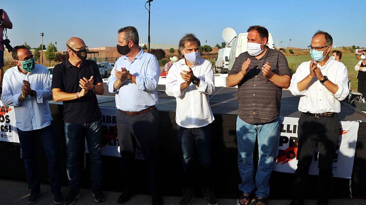 Els independentistes presos a Lledoners abans d'entrar al centre penitenciari el juliol del 2020
