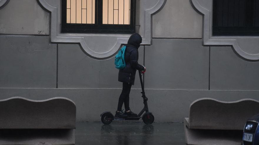 Primera multa por circular con un patinete eléctrico por una zona de uso peatonal