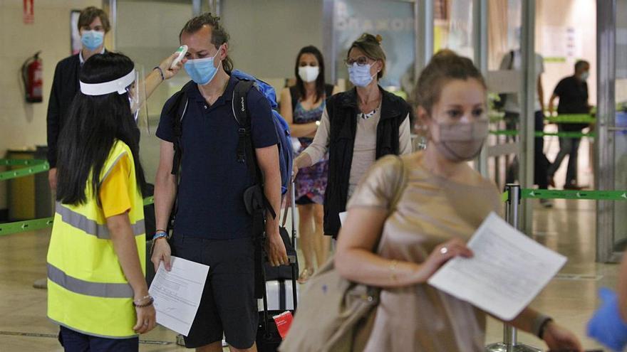 Agosto culmina la  debacle turística con una  caída del 71% en Manises