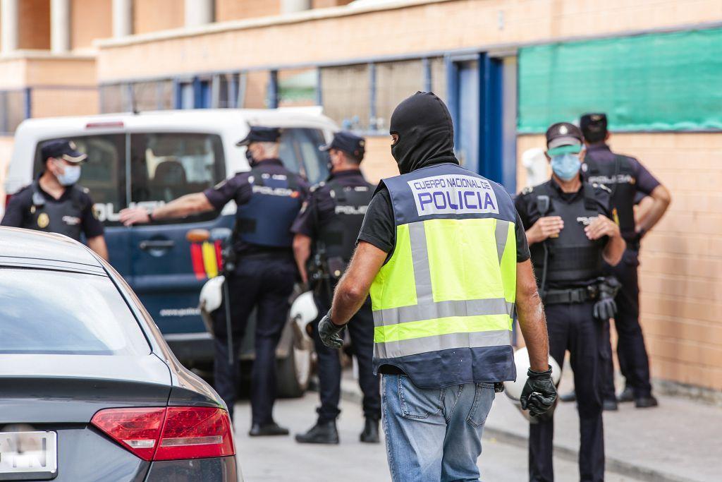 Intervención policial. Menudeo, gallos y tortugas en Ministriles, Lorca-3610.jpg