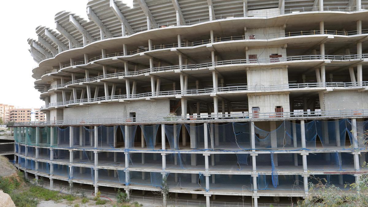 El nuevo e inacabado Mestalla de Corts Valencianes