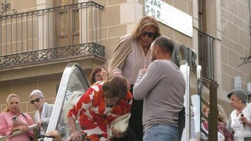 Dos mujeres sufren heridas al caer en las escaleras de Alzapiernas