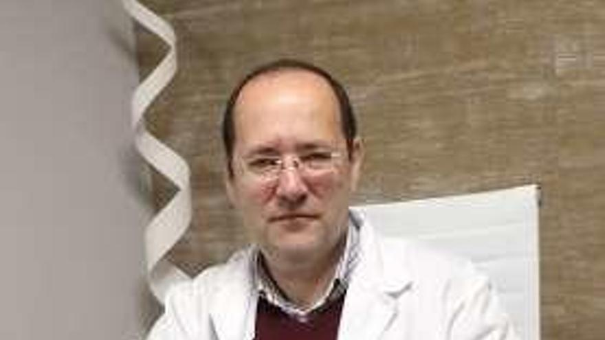 """Jorge Novoa Amarelle: """"Hay un repunte de intervenciones quirúrgicas como la liposucción"""""""