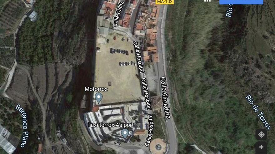 Óscar Medina propone una parcela de 5.000 metros para un nuevo Palacio de Justicia en Torrox